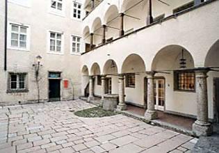 Ceramics Award Austria 2015 - Trakl Haus Salzburg Austria