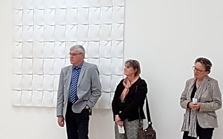 From left:<br> Michael Thiesen -Major; <br>Regina Heinz - Artist;<br>Monika Gass - Director Keramikmuseum Westerwald