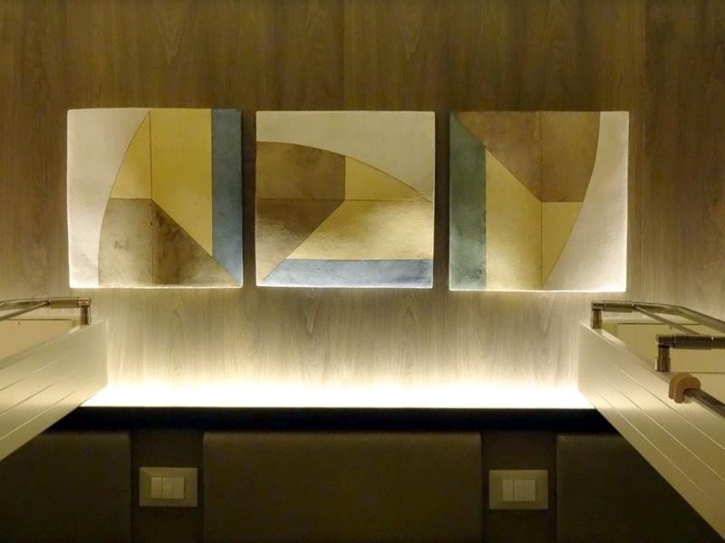 P&O Britannia fitted with artwork by Regina Heinz - Ceramic master in situ